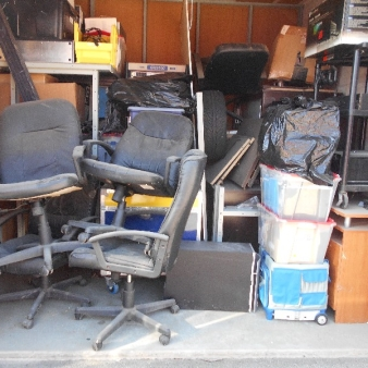 Moving & Storage at Fairway Rd  auction D053 80