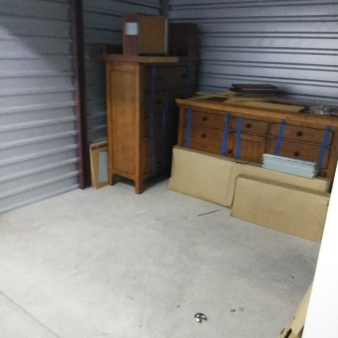 1-800-Self-Storage.com of  Melvindale, Michigan  auction 1062 10