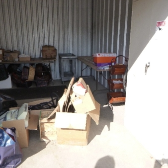 Moving & Storage at Confederation St  auction A0212